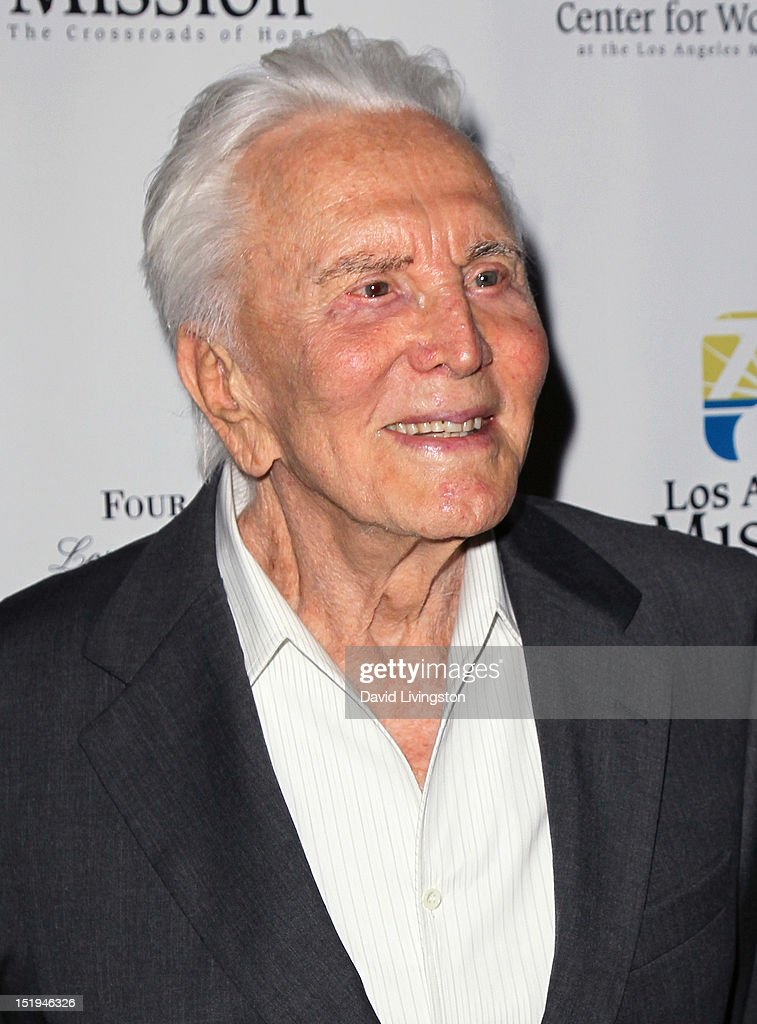 The Los Angeles Mission's 20th Anniversary Gala For The Anne Douglas Center For Women : News Photo