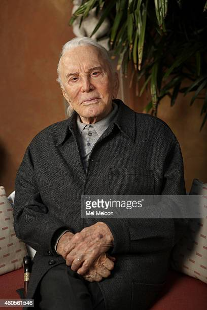 Actor Kirk Douglas is photographed for Los Angeles Times on November 5 2014 in Beverly Hills California PUBLISHED IMAGE CREDIT MUST READ Mel...