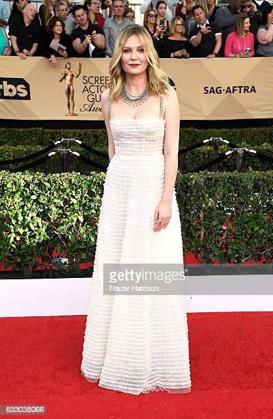 Actor Kirsten Dunst attends The 23rd Annual Screen Actors Guild Awards at The Shrine Auditorium on January 29 2017 in Los Angeles California 26592_008