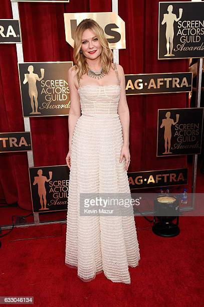 Actor Kirsten Dunst attends The 23rd Annual Screen Actors Guild Awards at The Shrine Auditorium on January 29 2017 in Los Angeles California 26592_011
