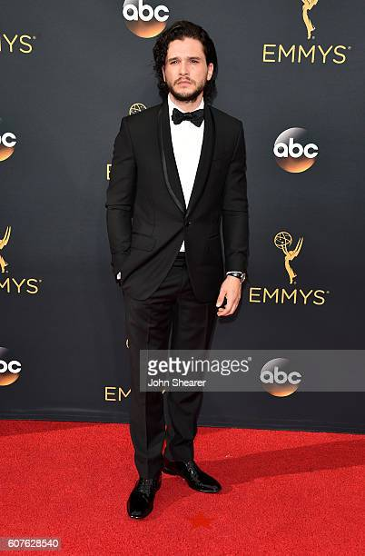 Actor Kit Harington arrives at the 68th Annual Primetime Emmy Awards at Microsoft Theater on September 18, 2016 in Los Angeles, California.