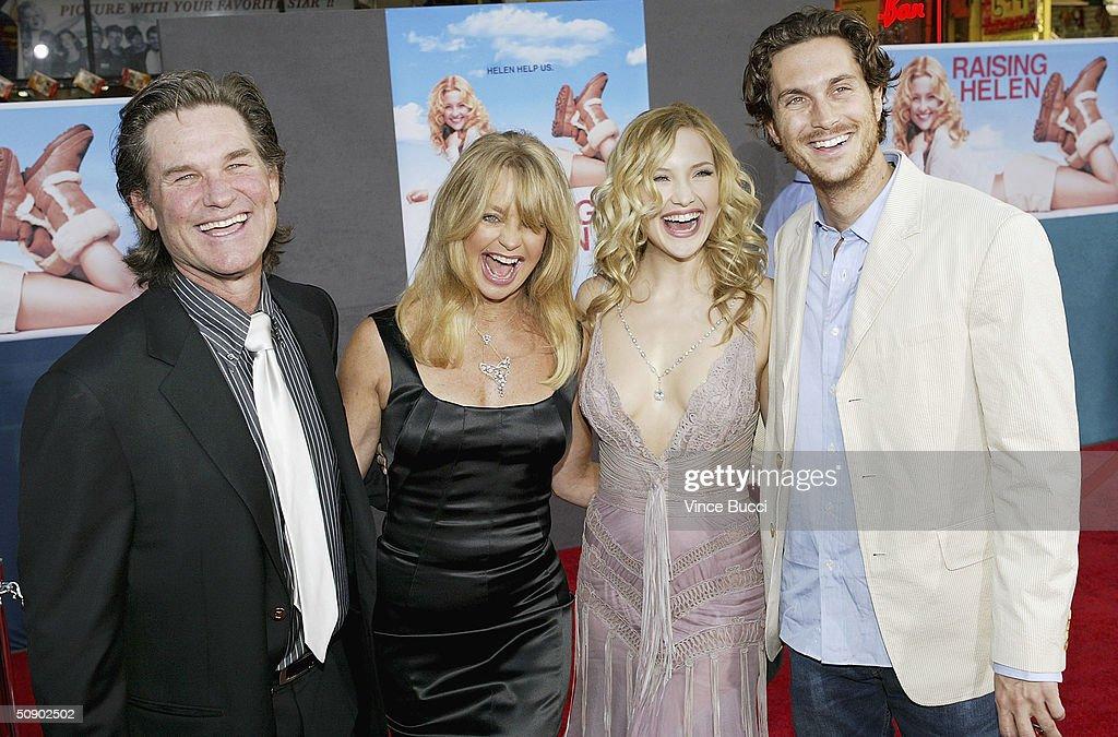 Los Angeles Premiere of Raising Helen : News Photo