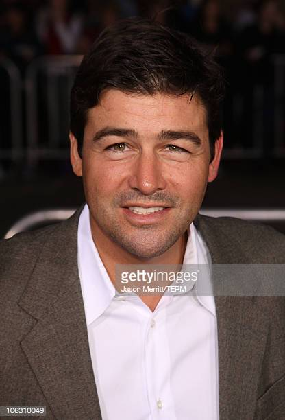 Actor Kyle Chandler arrives at the Los Angeles Premiere 'The Kingdom' at the Mann Village Theater on September 17 2007 in Westwood California