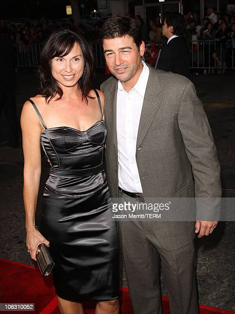 Actor Kyle Chandler arrives at the Los Angeles Premiere The Kingdom at the Mann Village Theater on September 17 2007 in Westwood California