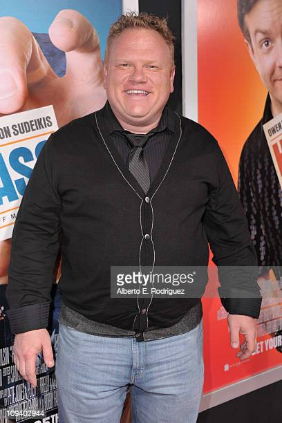 272 Larry Joe Campbell Photos And Premium High Res Pictures Getty Images Lawrence joseph campbell born november 29 1970 is an american actor and comedian best known for his role as andy on the abc sitcom according to jim larr. https www gettyimages com photos larry joe campbell