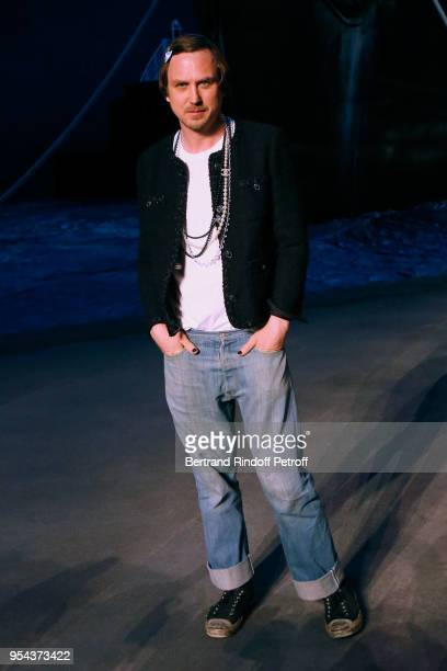 Actor Lars Eidinger attends the Chanel Cruise 2018/2019 Collection Photocall at Le Grand Palais on May 3 2018 in Paris France