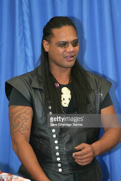 Actor Lawrence Makoare is seen at The Fellowship Festival 2004 aimed at J R R Tolkien fans at Alexandra Palace on August 28 2004 in London The Lord...