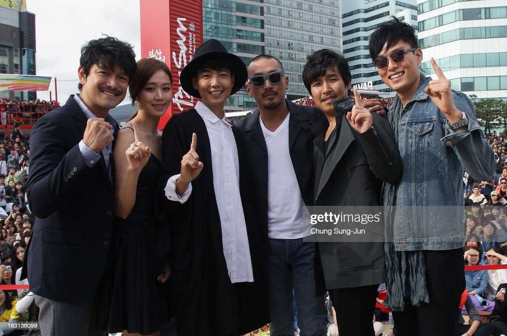 Actor Lee Ji-Hoon, Ko Sung-Hee, Chung Kyung-Ho, director Ha Jung-Woo, actor Han Sung-Chun and Choi Gyu-Hwan attend the Open Talk -Fasten Your Seatbelt- at Haeundae beach during the 18th Busan International Film Festival on October 5, 2013 in Busan, South Korea.