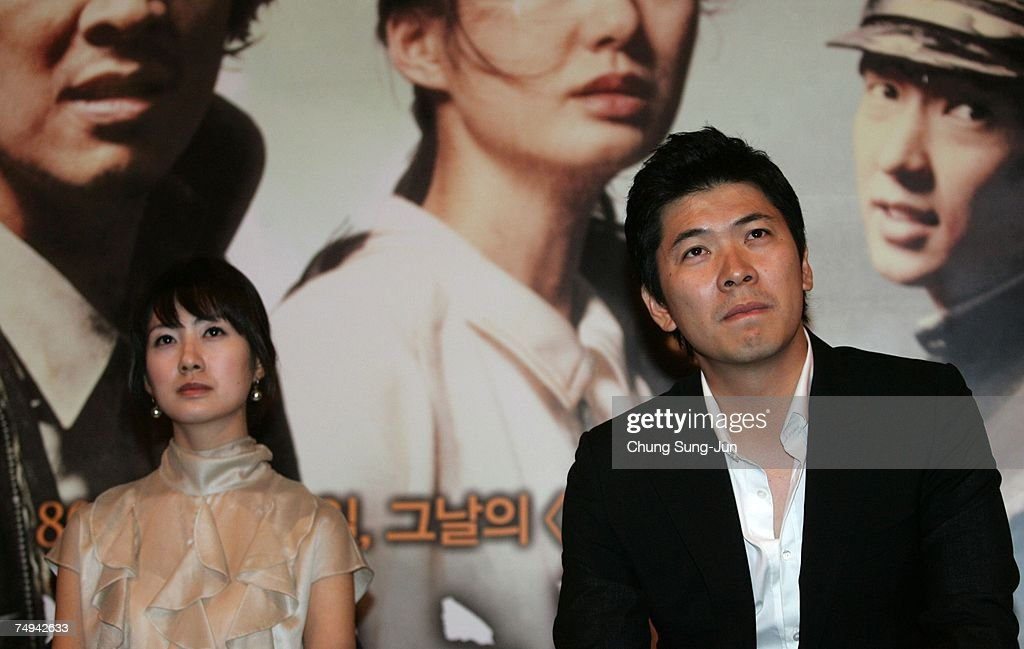 """May 18"""" Press Conference & Premiere : ニュース写真"""