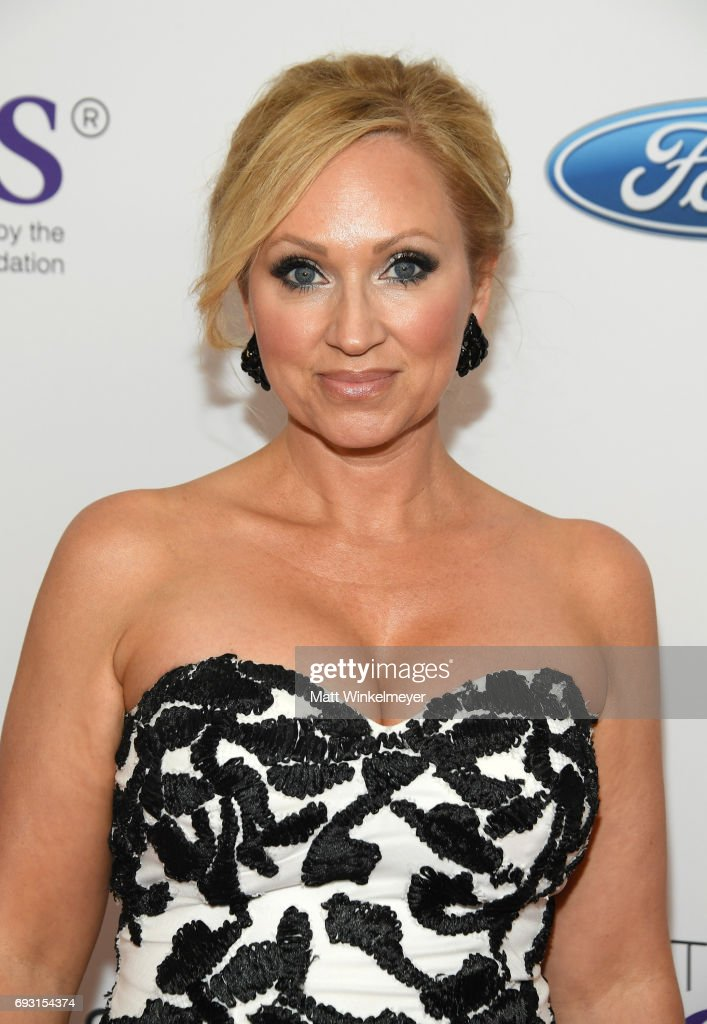 42nd Annual Gracie Awards - Arrivals : News Photo