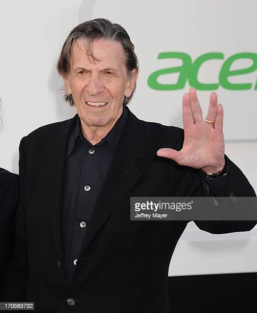 Actor Leonard Nimoy arrives at the Los Angeles premiere of 'Star Trek: Into Darkness' at Dolby Theatre on May 14, 2013 in Hollywood, California.