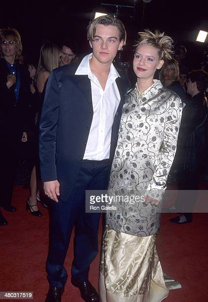 Actor Leonardo DiCaprio and girlfriend Claire Danes attend the Romeo Juliet Hollywood Premiere on October 27 1996 at the Mann's Chinese Theatre in...