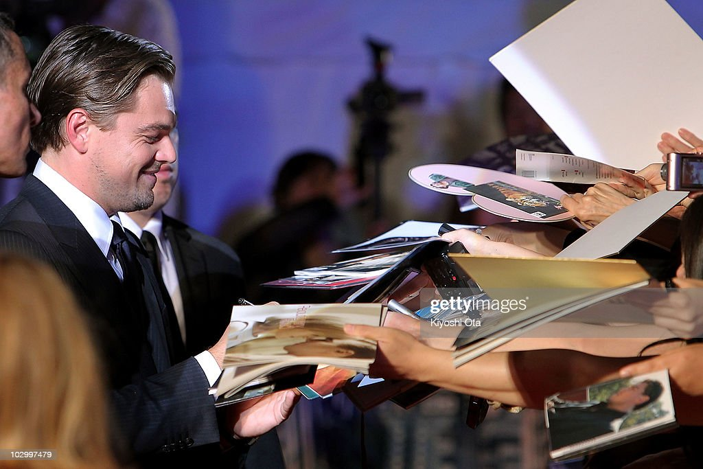 Actor Leonardo DiCaprio signs autographs for fans during the 'Inception' Japan Premiere at Roppongi Hills on July 20, 2010 in Tokyo, Japan. The film will open in Japan on July 23.