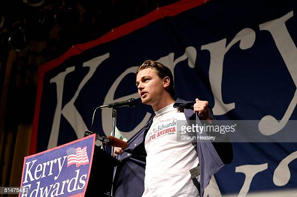 Actor Leonardo DiCaprio speaks at the Orpheum Theater near the University of WisconsinMadison campus October 13 2004 in Madison Wisconsin DiCaprio is...