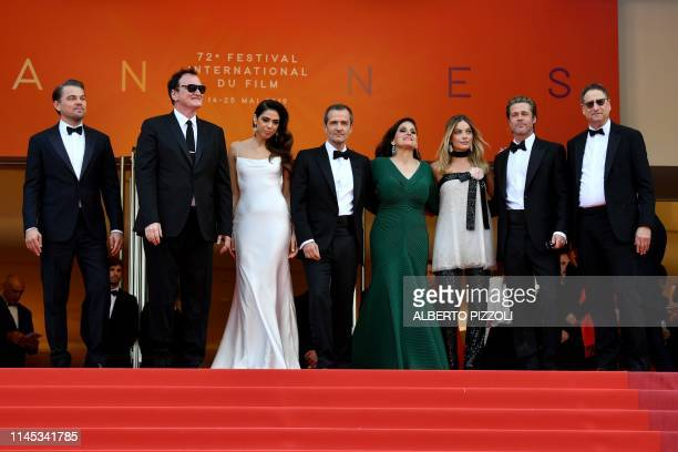 TOPSHOT US actor Leonardo DiCaprio US film director Quentin Tarantino and his wife Israeli singer Daniella Pick British film producer David Heyman US...