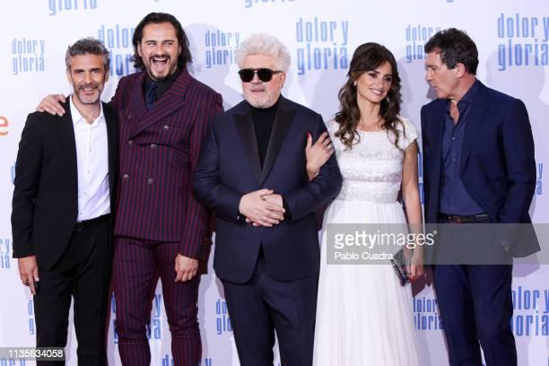 Actor Leonardo Sbaraglia Asier Etxeandia director Pedro Almodovar actress Penelope Cruz and actor Antonio Banderas attend the 'Dolor y Gloria'...