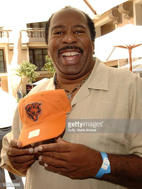 Actor Leslie David Baker poses at Retro Sport booth during Kari Feinstein Primetime Emmy Awards Style Lounge Day 2 held at Montage Beverly Hills...