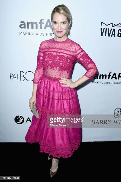 Actor Leslie Grossman attends the amfAR Gala 2017 at Ron Burkle's Green Acres Estate on October 13 2017 in Beverly Hills California
