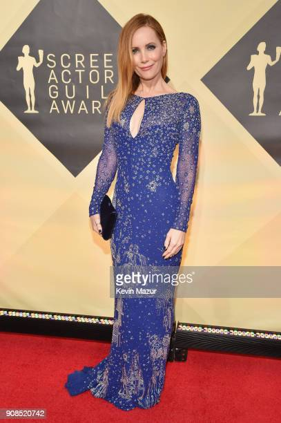 Actor Leslie Mann attends the 24th Annual Screen Actors Guild Awards at The Shrine Auditorium on January 21 2018 in Los Angeles California 27522_007