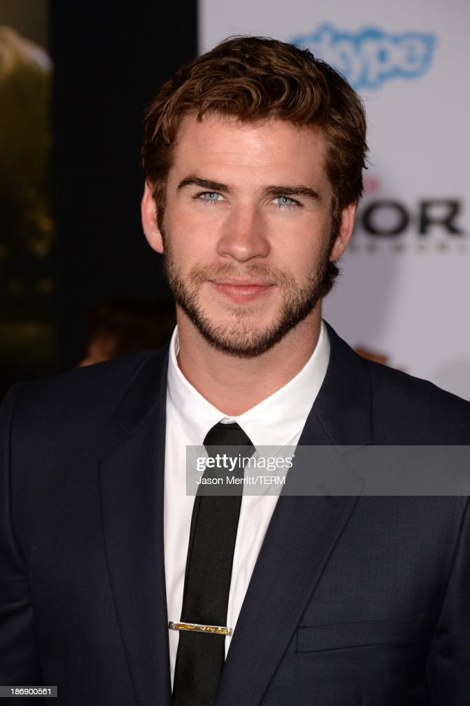 Actor Liam Hemsworth arrives at the premiere of Marvel's 'Thor: The Dark World' at the El Capitan Theatre on November 4, 2013 in Hollywood, California.