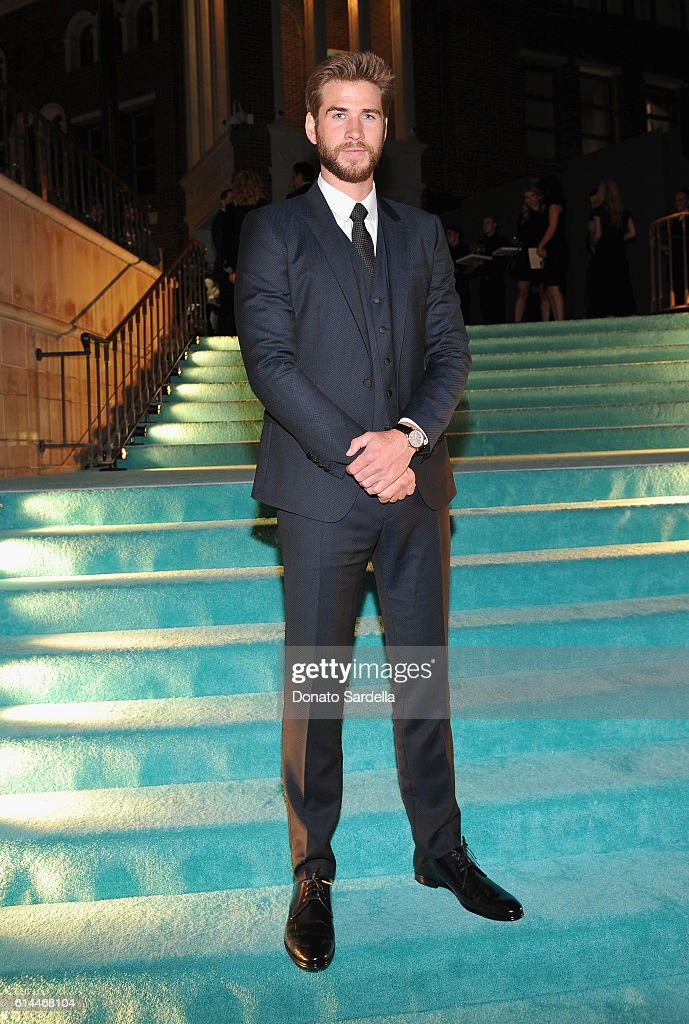 Actor Liam Hemsworth attends Tiffany & Co.'s unveiling of the newly renovated Beverly Hills store and debut of 2016 Tiffany masterpieces at Tiffany & Co. on October 13, 2016 in Beverly Hills, California.