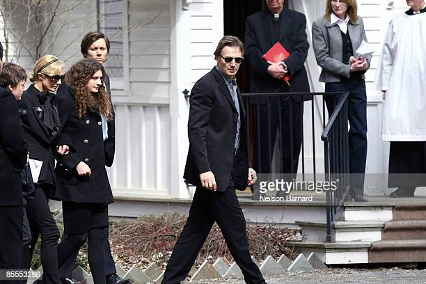 Actor Liam Neeson with family son Micheal Neeson sisterinlaw Joely Richardson niece Daisy Bevan and an unidentified person arrive for the funeral of...