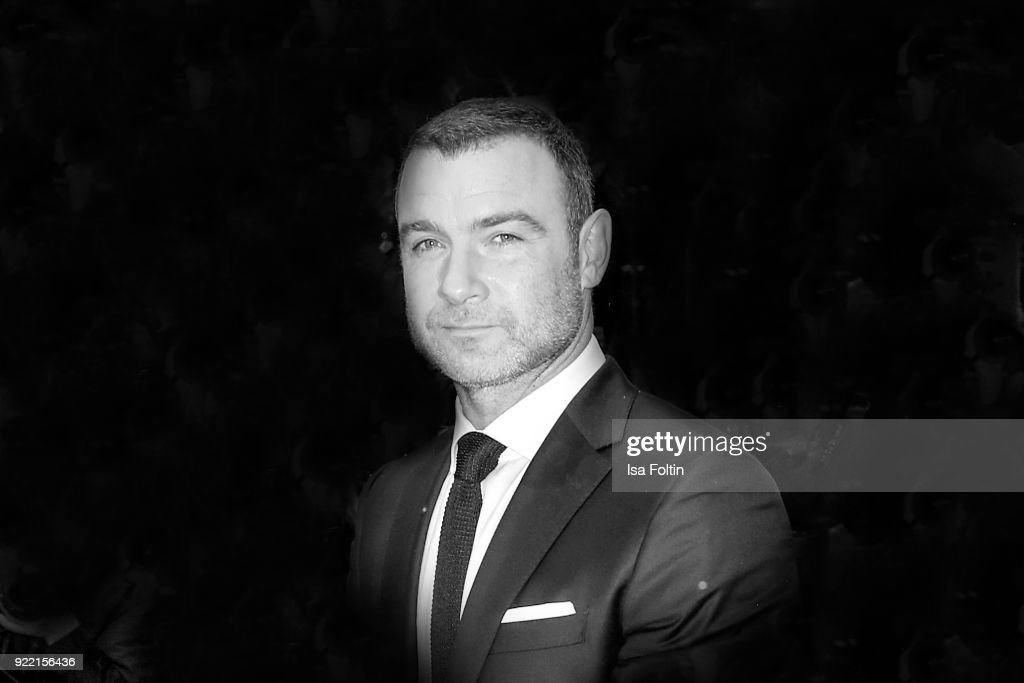 Opening Ceremony & 'Isle of Dogs' Premiere Red Carpet - 68th Berlinale International Film Festival : News Photo