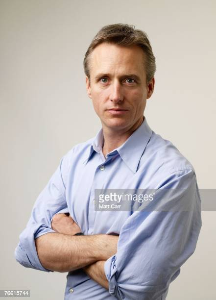 ACCESS*** Actor Linus Roache from the film Before the Rains poses for a portrait in the Chanel Celebrity Suite at the Four Season hotel during the...