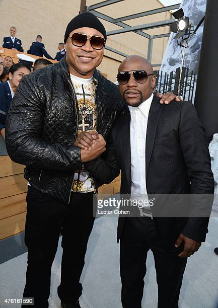 Actor LL Cool J and professional boxer Floyd Mayweather Jr attend Spike TV's Guys Choice 2015 at Sony Pictures Studios on June 6 2015 in Culver City...