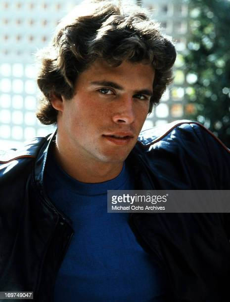 Actor Lorenzo Lamas poses for a portrait in circa 1978