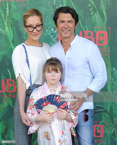 Actor Lou Diamond Phillips wife Yvonne Boismier Phillips and daughter Indigo Sanara Phillips arrive at the premiere of Focus Features' Kubo And The...