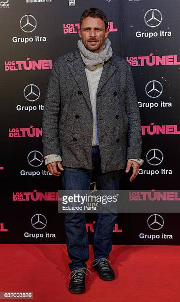 Actor Luis Motola attends 'Los del Tunel' premiere at Capitol cinema on January 18 2017 in Madrid Spain