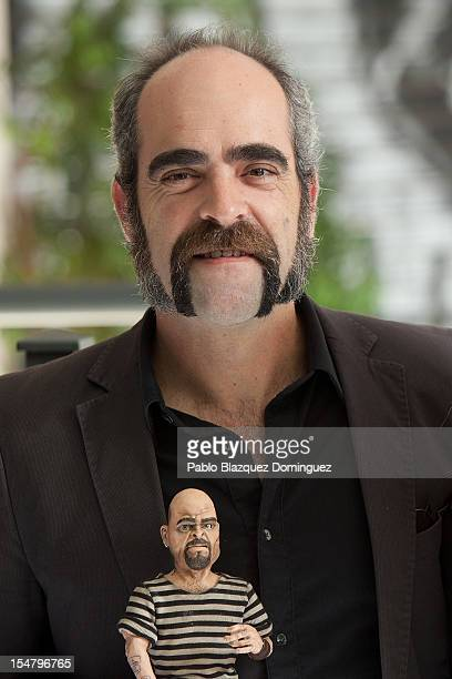 Actor Luis Tosar attends the 'O Apostolo' photocall at Palafox Cinema on October 26 2012 in Madrid Spain
