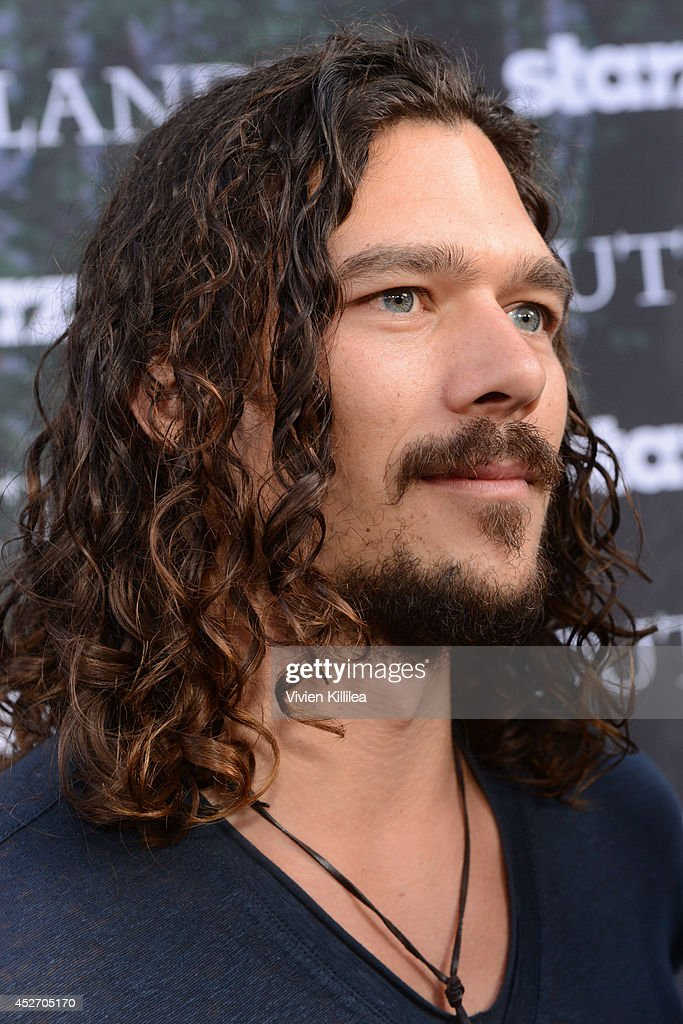Actor Luke Arnold attends the Starz Series 'Outlander' Premiere - Comic-Con International 2014 at Spreckels Theatre on July 25, 2014 in San Diego, California.