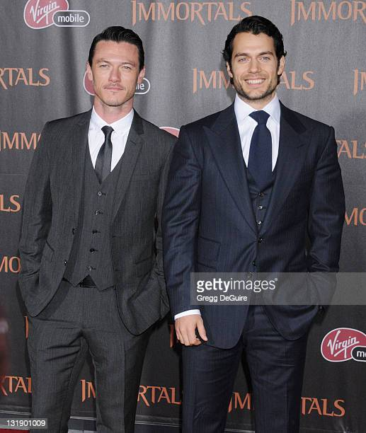 ¿Cuánto mide Henry Cavill? - Altura - Real height Actor-luke-evans-and-actor-henry-cavill-arrive-at-the-immortals-los-picture-id131901009?s=612x612