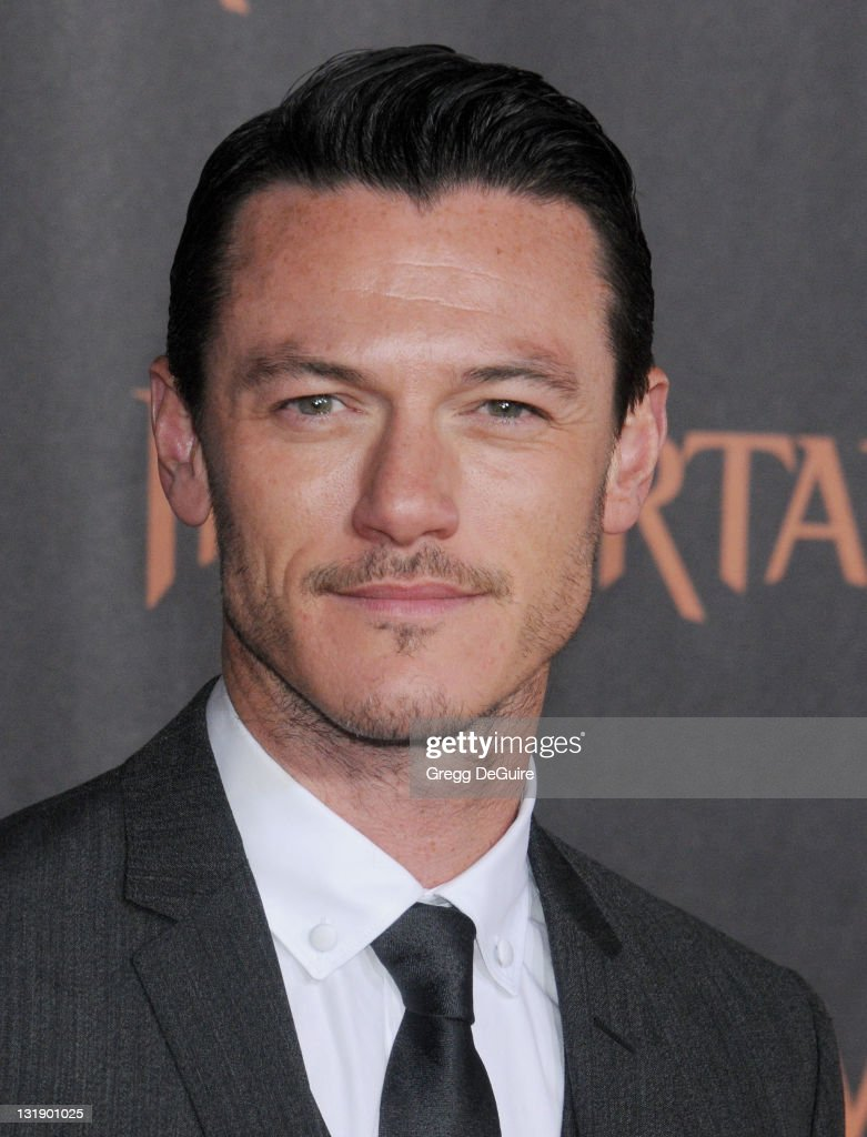 Actor Luke Evans arrives at the 'Immortals' - Los Angeles Premiere at Nokia Theatre L.A. Live on November 7, 2011 in Los Angeles, California.