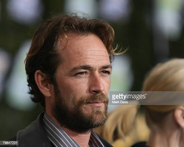 Actor Luke Perry arrives at Chevy Rocks The Future at the Buena Vista Lot at The Walt Disney Studios February 19 2008 in Burbank California