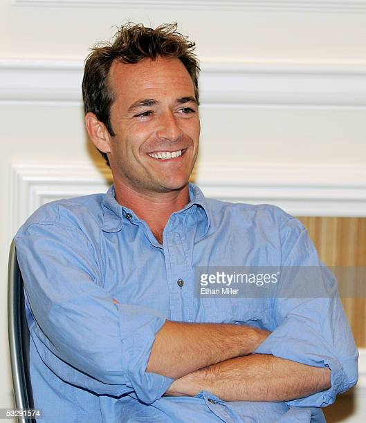Actor Luke Perry smiles during a news conferene at the Video Software Dealers Association's annual home video convention at the Bellagio July 26 2005...