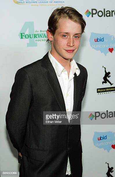 "Actor Macaulay Culkin arrives at the launch of the ""uBid for Hurricane Relief"" charity auction and benefit at the Empire Ballroom October 15, 2005 in..."