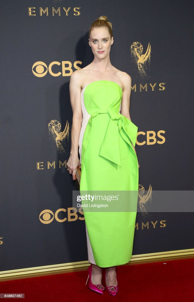 Actor Mackenzie Davis attends the 69th Annual Primetime Emmy Awards - Arrivals at Microsoft Theater on September 17, 2017 in Los Angeles, California.