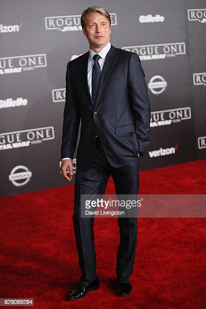 Actor Mads Mikkelsen arrives at the premiere of Walt Disney Pictures and Lucasfilm's Rogue One A Star Wars Story at the Pantages Theatre on December...