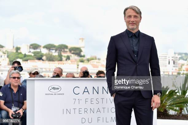 Actor Mads Mikkelsen attends the photocall for Arctic during the 71st annual Cannes Film Festival at Palais des Festivals on May 10 2018 in Cannes...