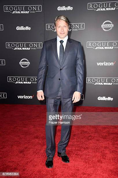 Actor Mads Mikkelsen attends the premiere of Walt Disney Pictures and Lucasfilm's Rogue One A Star Wars Story at the Pantages Theatre on December 10...