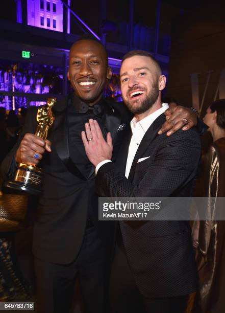 Actor Mahershala Ali and musician Justin Timberlake attend the 2017 Vanity Fair Oscar Party hosted by Graydon Carter at Wallis Annenberg Center for...