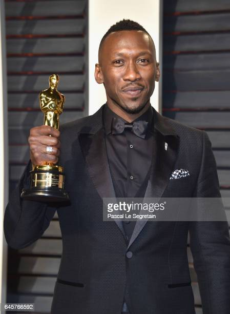 Actor Mahershala Ali attends the 2017 Vanity Fair Oscar Party hosted by Graydon Carter at Wallis Annenberg Center for the Performing Arts on February...