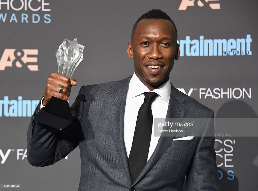The 22nd Annual Critics' Choice Awards - Press Room : News Photo