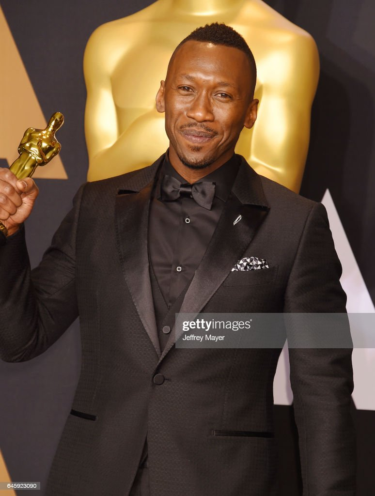 Actor Mahershala Ali, winner of the award for Actor in a Supporting Role for 'Moonlight,' poses in the press room during the 89th Annual Academy Awards at Hollywood & Highland Center on February 26, 2017 in Hollywood, California.
