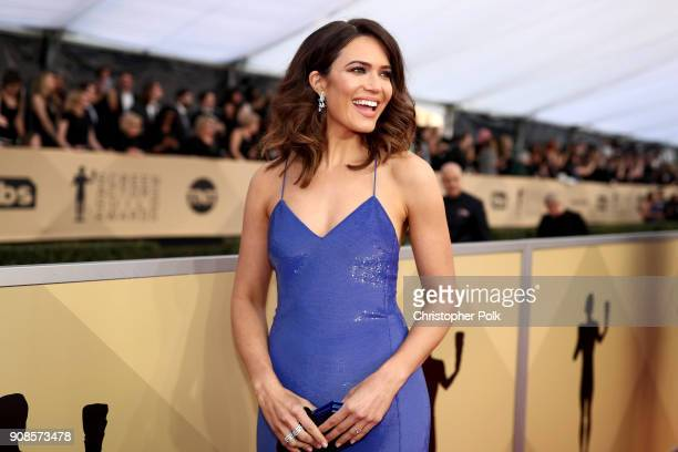 Actor Mandy Moore attends the 24th Annual Screen Actors Guild Awards at The Shrine Auditorium on January 21 2018 in Los Angeles California 27522_010