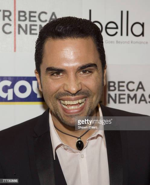 "Actor Manny Perez arrives at the ""Bella"" New York Premiere on October 25, 2007 at Tribeca Cinemas in New York City."