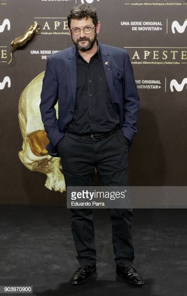 Actor Manolo Solo attends the 'La peste' premiere at Callao cinema on January 11 2018 in Madrid Spain